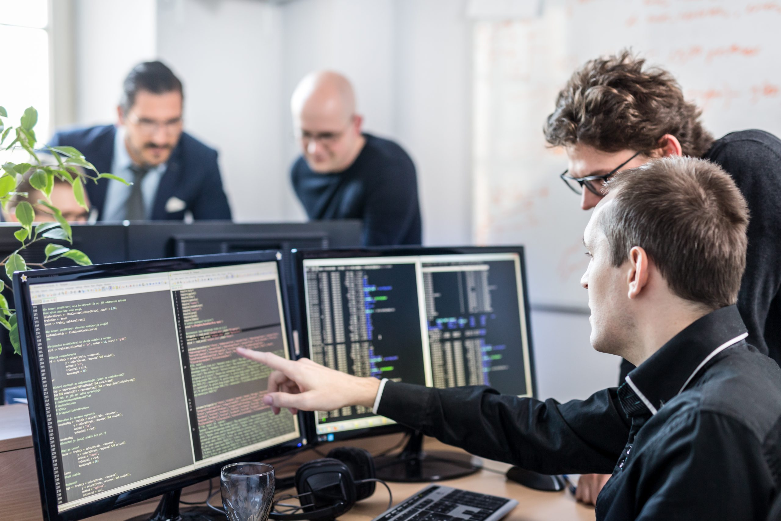 Взаимодействие с разработчиками SWOT