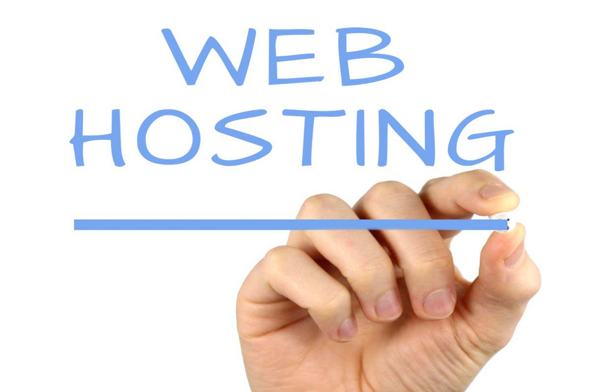 На кого регистрировать домен и хостинг